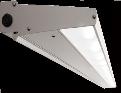 光ムラを減少、看板全面に極力均一な配光を実現。独自のLED光源による無駄の少ない配光設計により、従来の蛍光灯・スポット照明に比べて光ムラを抑えます。