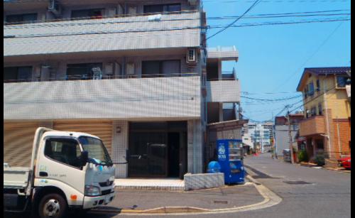 ファサード・壁面看板施工事例写真 広島県 施工前の現場写真です