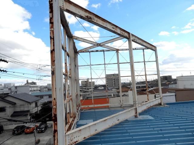 看板撤去・処分事例写真 愛知県 看板の製作・取付のみと思われているかと思いますが、看板撤去のみでも対応させていただきます