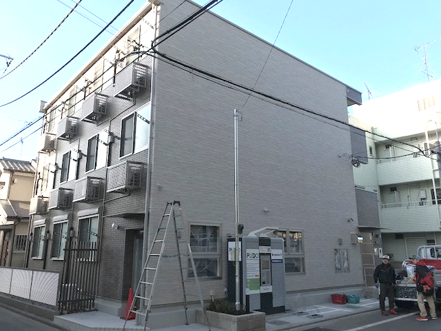 突き出し看板・袖看板施工事例写真 東京都 看板がないと何をやっているところか分かりませんね