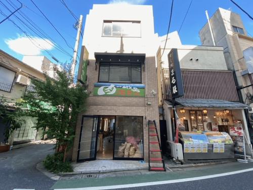 ファサード・壁面看板施工事例写真 東京都 現地調査時の写真です